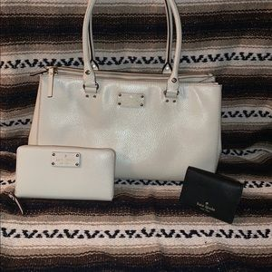 Kate Spade ♠️ tote with matching wallet & extra